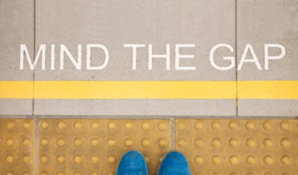 sign saying mind the gap
